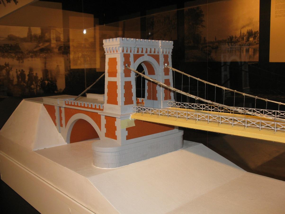 https://www.muzeumzatec.cz/files/vystava_ostrava/model-mostu-pres-ostravici-b.jpg